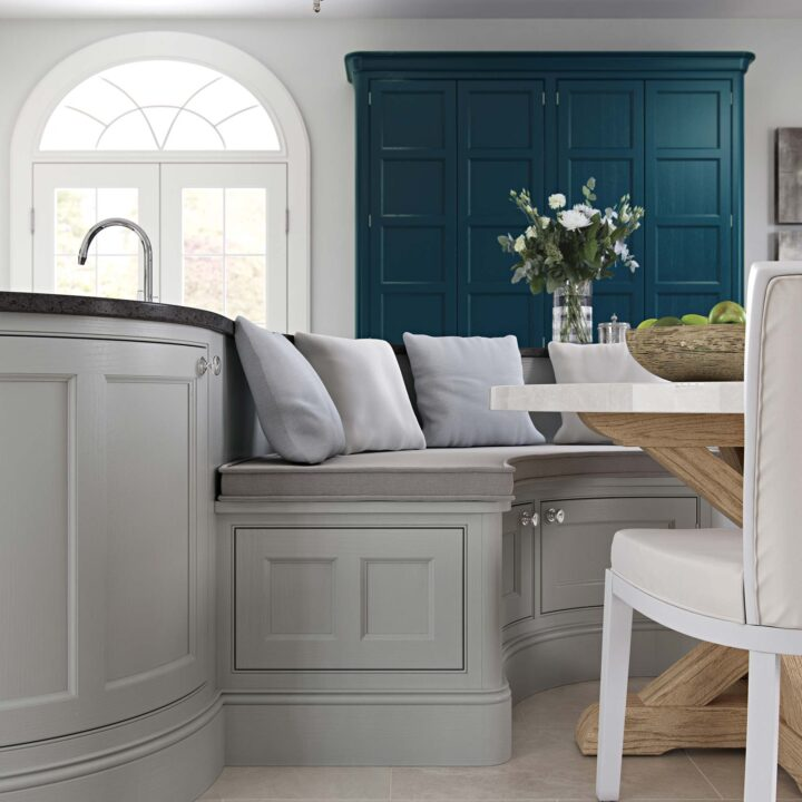 Molson Cameo Kitchen - Table
