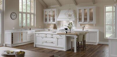 Aylesbury Classical Kitchen - Mark Lohan Kitchens